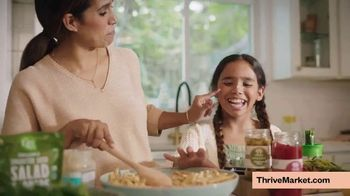 Thrive Market TV Spot, 'The Sanders'