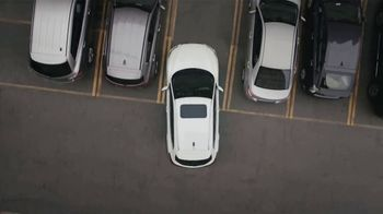 2020 Nissan Rogue Sport TV Spot, 'Moving In' Song by PRTY ANML [T2] - Thumbnail 5