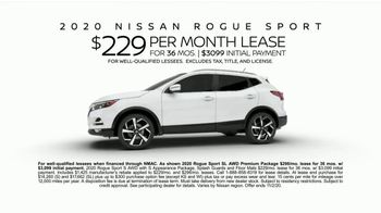 2020 Nissan Rogue Sport TV Spot, 'Moving In' Song by PRTY ANML [T2] - Thumbnail 9