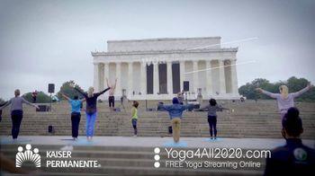 Kaiser Permanente TV Spot, 'World Mental Health Day: Virtual Yoga' - Thumbnail 4