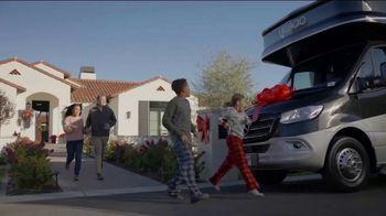 La Mesa RV TV Spot, 'Gift of Fun and Memories: 2020 Winnebago Vita' - Thumbnail 4
