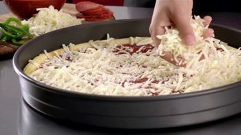 Hungry Howie's Meal Deals TV Spot, 'That's How We Do It' - Thumbnail 3