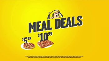 Hungry Howie's Meal Deals TV Spot, 'That's How We Do It' - Thumbnail 7