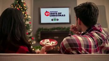 Cinnabon Signature Frosting TV Spot, 'Freeform: Tuning in With Frosting-Filled Baked Goods' - Thumbnail 5
