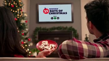 Cinnabon Signature Frosting TV Spot, 'Freeform: Tuning in With Frosting-Filled Baked Goods' - Thumbnail 6