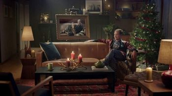 Amazon Cyber Monday TV Spot, 'Spend Less Smile More: Doug' - Thumbnail 6