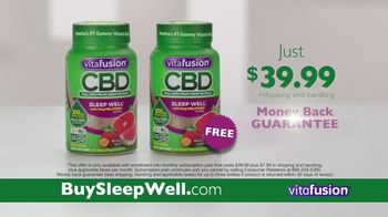 VitaFusion CBD Hemp Extract Sleep Well TV Spot, 'Falling Asleep' - Thumbnail 9