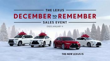 Lexus December to Remember Sales Event TV Spot, 'Driveway Moments: Peace and Joy Delivery' [T2] - Thumbnail 6