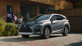 Lexus December to Remember Sales Event TV Spot, 'Driveway Moments: Birthday' [T2] - Thumbnail 1