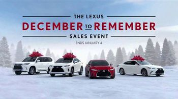 Lexus December to Remember Sales Event TV Spot, 'Driveway Moments: Birthday' [T2] - Thumbnail 8