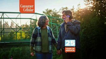 Consumer Cellular TV Spot, 'Toast to 2020: Flexible Plans' - Thumbnail 9