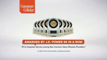 Consumer Cellular TV Spot, 'Toast to 2020: Flexible Plans' - Thumbnail 7