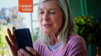 Consumer Cellular TV Spot, 'Toast to 2020: Premium Wireless' - Thumbnail 6