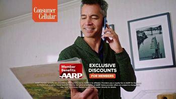 Consumer Cellular TV Spot, 'Toast to 2020: Premium Wireless' - Thumbnail 7