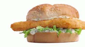 Arby's 2 for $6 Everyday Value TV Spot, 'Biggest Fish Sandwich' Song by YOGI - Thumbnail 4