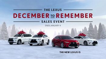Lexus December to Remember Sales Event TV Spot, 'Driveway Moments: Peace and Joy' [T2] - Thumbnail 4