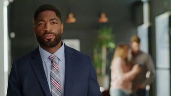 Credit.com Extracredit TV Spot, 'Think You Know' - Thumbnail 2