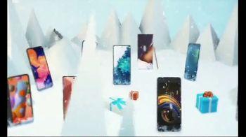 C Spire TV Spot, 'Holidays: Wireless Bull' - Thumbnail 6