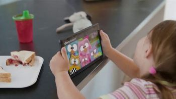 XFINITY Gig Speed Internet TV Spot, 'Extremely Sticky Tablet: $20' Featuring Amy Poehler - Thumbnail 5