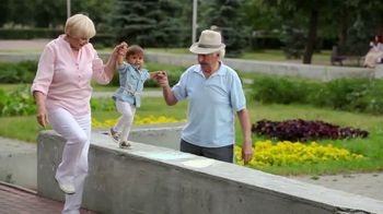 Arthritis Relief Centers TV Spot, 'Chronic Knee Pain: Lubricating Gel'