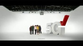 Verizon TV Spot, 'Holidays: 5G America's Been Waiting For: Galaxy S20+ 5G for $700 Off' - Thumbnail 3
