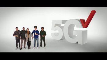 Verizon TV Spot, 'Holidays: iPhone 12 Pro Max: Unlimited Plans' - Thumbnail 3