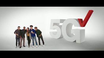 Verizon TV Spot, 'Holidays: iPhone 12 Pro Max: Unlimited Plans' - Thumbnail 4