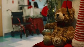 Shriners Hospitals for Children TV Spot, 'Navidad: regalos para niños' [Spanish] - Thumbnail 1