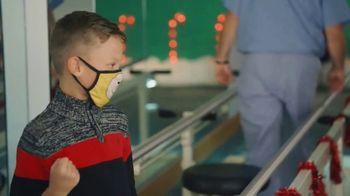 Shriners Hospitals for Children TV Spot, 'Navidad: regalos para niños' [Spanish] - Thumbnail 2