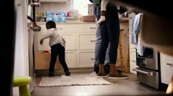 USAA TV Spot, 'Made for the Wilsons' - Thumbnail 7