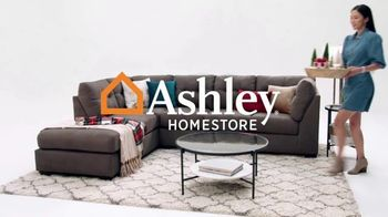 Ashley HomeStore Black Friday Weekend Sale TV Spot, 'Doorbusters: $399 Queen Panel Bed' - Thumbnail 1