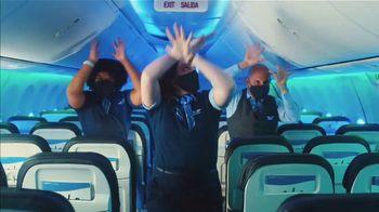 Alaska Airlines TV Spot, 'Alaska Safety Dance' - Thumbnail 6