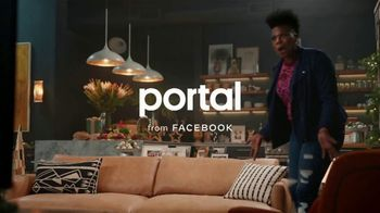 Portal from Facebook TV Spot, 'Gifting with Leslie Jones' - Thumbnail 1