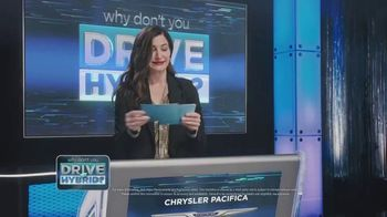 Chrysler Pacifica TV Spot, 'Game Show' Featuring Kathryn Hahn [T1] - Thumbnail 5