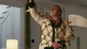 Portal from Facebook TV Spot, 'Portal Holiday: Glamming With Rebel Wilson: No Offer' - Thumbnail 5