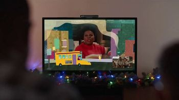 Portal from Facebook TV Spot, 'Holiday Stories With Leslie Jones: No Offer' - Thumbnail 5