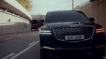 2021 Genesis GV80 TV Spot, 'Boundless' Song by Kadavar [T1] - Thumbnail 9