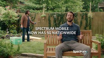 Spectrum Mobile TV Spot, 'Cornhole' - Thumbnail 10