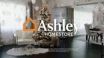 Ashley HomeStore Happy Holidays Sale TV Spot, 'Up to 25% Off or Special Financing' - Thumbnail 8