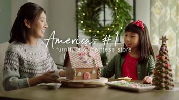 Ashley HomeStore Happy Holidays Sale TV Spot, 'Up to 25% Off or Special Financing' - Thumbnail 6