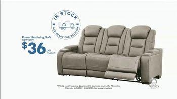 Ashley HomeStore Weekend Sale TV Spot, '20% Off Storewide: Power Reclining Sofa' - Thumbnail 5