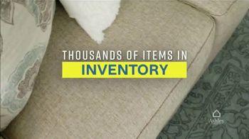 Ashley HomeStore Weekend Sale TV Spot, '20% Off Storewide: Power Reclining Sofa' - Thumbnail 4