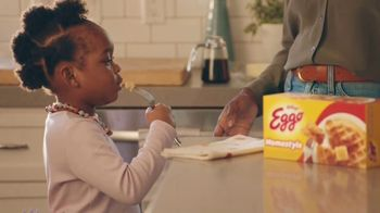 EGGO Homestyle Waffles TV Spot, 'Tiny Dino'