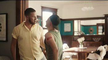 Walgreens TV Spot, 'Defiende a los tuyos contra la gripe' [Spanish] - Thumbnail 3