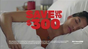 Mattress Firm Year-End Sale TV Spot, 'Save up to $300: $299 Sealy Queen'