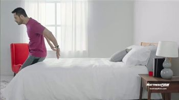 Mattress Firm Year-End Sale TV Spot, 'Save up to $300: $299 Sealy Queen' - Thumbnail 1