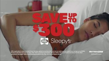 Mattress Firm Year-End Sale TV Spot, 'Save up to $300: $299 Sealy Queen' - Thumbnail 4