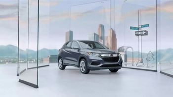 Honda HR-V TV Spot, 'City Living & Outdoor Adventure' [T2] - 349 commercial airings