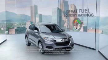Honda HR-V TV Spot, 'City Living & Outdoor Adventure' [T2] - Thumbnail 3