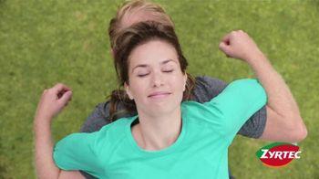 Zyrtec TV Spot, 'Awkward Positions'